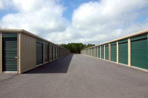 storage-warehouse-1553550_640