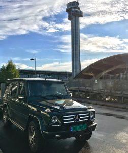mercedes g-klasse på flyplassen Gardermoen Oslo