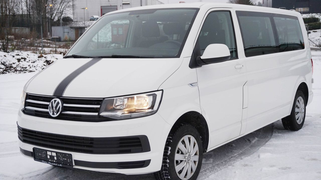 Volkswagen Caravelle AUTOMAT 9-seter